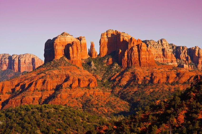 Belle vue sur Sedona, Arizona. Vortex de Terre majeur
