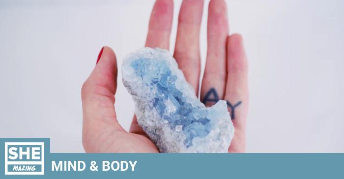 """""""Le mental peut tout faire"""": Ma première expérience de guérison par les cristaux"""